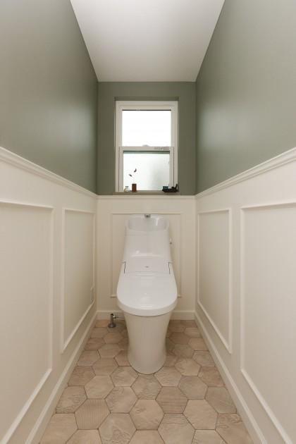 トイレ-1-min
